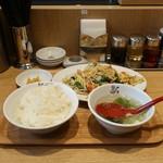 れんげ食堂 Toshu - 肉野菜炒め定食