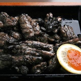 宮崎地鶏の旨み☆炭火焼きで仕上げる香り高い一品をどうぞ