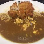 CoCo壱番屋 - 鶏料理の美食のお店の パリパリに焼いたチキンをのせたカレーが食べたくなった