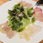104015755 - 長崎・五島列島の鮮魚 4種盛り合わせ