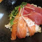 104016900 - 【ランチ】 マグロとサーモンの海鮮丼