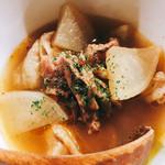 麺や すずらん亭 - スジ肉の煮込み