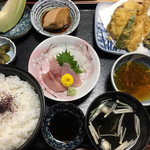 松月 - 日替りランチA税込1296円♤ご飯大盛りしました〜〜デカすぎます。大盛りプラス料金です。