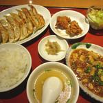 破天荒 - 料理写真:餃子定食(1080円)