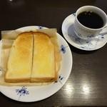 Kuromimirapan - モーニング:バタートーストセット