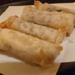 加賀屋 - しそチーズ巻。