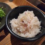酒の駅 宴陣 - ご飯は五穀米でした