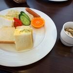 ストロベリー フィールズ - 料理写真:焼きサンドイッチ