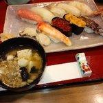 壽司処新岡 - 特上寿司1人前とドンコ汁