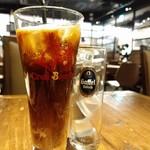 クラフトビールタップ - 先出しコーヒーでわくわくタイム。
