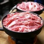 すき焼・鍋物 なべや - ■牛肉すき焼 780円