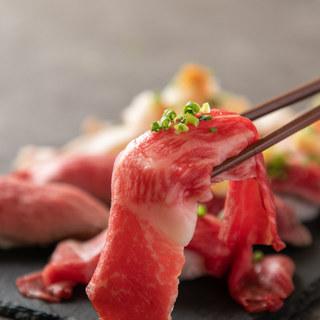 肉寿司は全8種類ご用意!肉寿司コースも人気!
