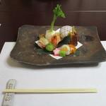大丸旅館 - 料理写真:前菜(弥生の一皿)