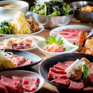 大人気の焼肉食べ放題コースは1980円(税抜)から!