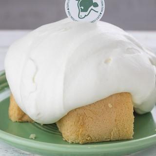 北海道の生クリームを使った贅沢なデザート