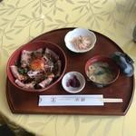 レストランユアーズ 水仙 - 料理写真:ローストビーフ丼