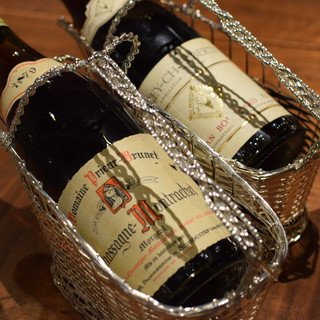 グラスで楽しめる1960~90年の飲み頃ヴィンテージワイン