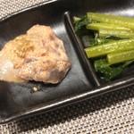 104068670 - お通し                          海鮮明太マヨネーズ和え、五月菜のお浸し