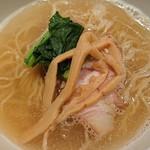 中華そば 桃李 - 料理写真:蛤塩そば(限定メニュー)¥780