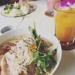 メロウフードカフェ - 料理写真: