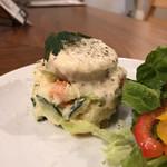 ワインと唐揚げバル バル平 - Happyポテトサラダ