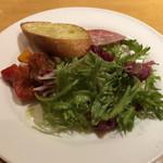 104077295 - 軽いお野菜の盛り合わせ(280円)