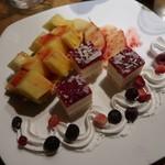 日本酒と個室居酒屋 農家の慶 - 季節の果実