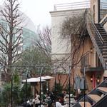 カフェ ラ・ボエム - テラスのランチ風景