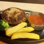 ヴィクトリア ステーション - まるっと焼きトマトのチーズinハンバーグ(バイキングセット)1,280円