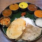 ボンベイ - 南インドのケララミールス(定食)