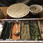 稲庭うどんとめし 金子半之助 - 稲庭うどん(つけ・冷)と高菜めし