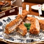 とんかつ 神楽坂 さくら - 3種銘柄豚 ロースかつ盛り合わせ定食@1,880円
