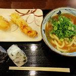 丸亀製麺 - カレーうどん かしわ天 半熟たまご天 おむすび