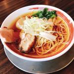 らーめん剣豪 - 料理写真:味玉鶏しょうゆラーメン