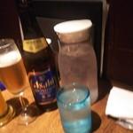 104117147 - マンゴージュース、アサヒ瓶ビール、ピッチャーのお水♪
