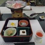 ホテル鞠水亭 - 料理写真:先付