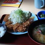 雅々丸 - ヒレカツ4ケ定食