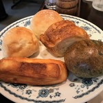 アロフト - 用意されたパンはフリーです お腹を空かせて伺いましょう♪♪
