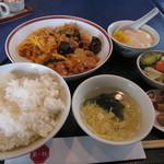 中国料理栄花林 - 料理写真:豚肉、玉子、木耳のピリ辛炒めセット¥1,000