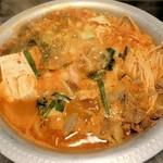 冷麺館 - ホルモンミックス鍋