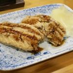 酒と魚 希唯 - 煮穴子にぎり寿司(2貫) 380円