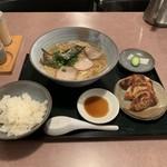 まるげん - 料理写真: