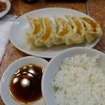 104158998 - 元祖餃子(300円)&小ライス