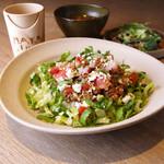 《D》キヌアと大麦のマヤルスタコライス【スープ+サラダ+ドリンク付】