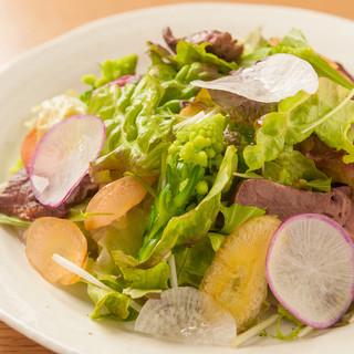 野菜のお店ビストロザファームが提案する健康的な美味しい野菜。