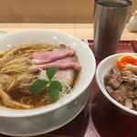 麦と麺助 - 料理写真:ラーメンとチャーシュー丼