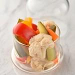 KUJIRA - 料理写真:KUJIRA シェフ自家製のピクルス 国産野菜の旨みが際立つ一品