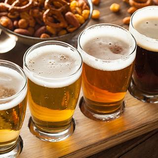 ハートランドビールや種類豊富なお酒とハンバーガーを満喫♪