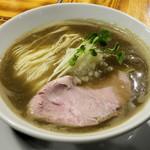 柴崎亭 - 料理写真:濃厚煮干そば600円
