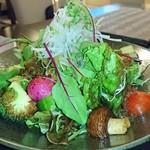 料理屋K - 十種類以上の野菜サラダ